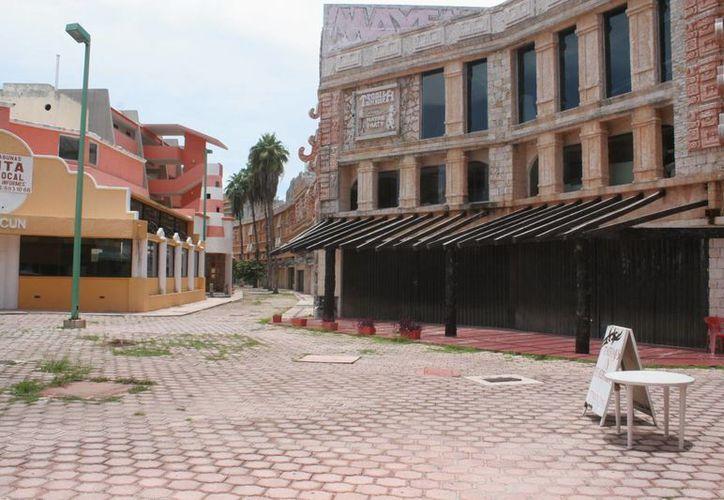 Atenderán a detalle los edificios abandonados. (Israel Leal/SIPSE)