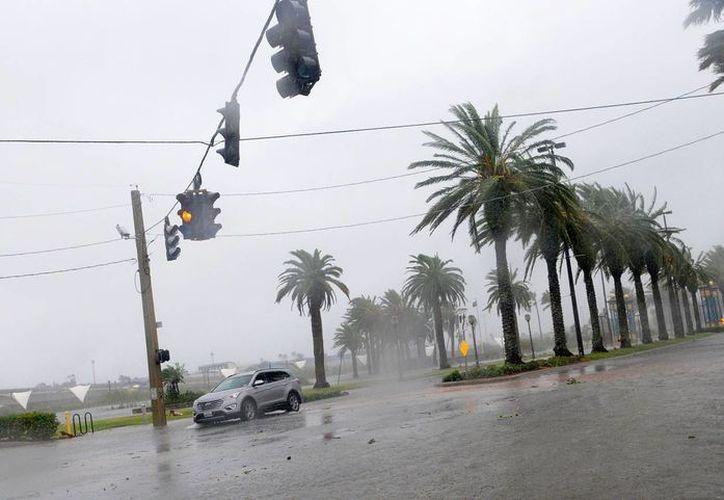La tormenta tropical Otto se hallaba este lunes por la mañana a unos 285 kilómetros al este-sureste de la isla de San Andrés (Colombia) y a 495 kilómetros al este de Bluefields, en Nicaragua. (EFE/Archivo)