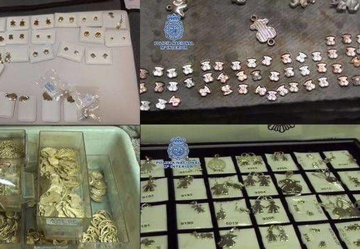 Las falsificaciones eran diseños de reconocidas marcas, principalmente Tous, Bulgary. (teinteresa.es)