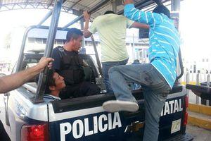 <i>Fayuqueros</i> vs. militares en la frontera con Belice