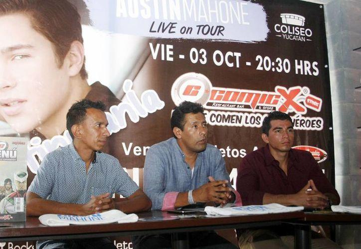 Imagen de la conferencia de prensa del concierto de el cantante Austin Mahone en el Coliseo Yucatán. (Milenio Novedades)