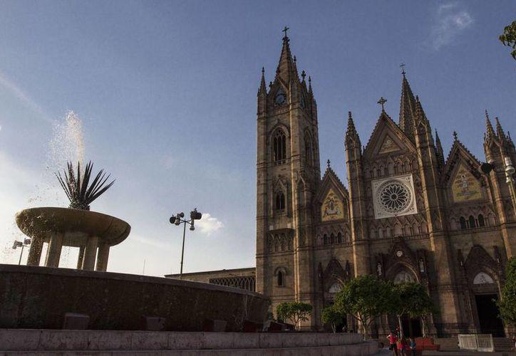 Guadalajara, una de las ciudades más grandes del país, junto con el Distrito Federal y Monterrey, albergará el Tianguis Turístico en 2016. (Archivo/Notimex)