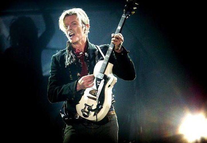 Tras el gran éxito que representó el álbum 'The Next day' en 2013, David Bowie vuelve a la 'carga' con el sencillo 'Blackstar', el cual será estrenado el próximo 20 de noviembre. (Archivo AP)