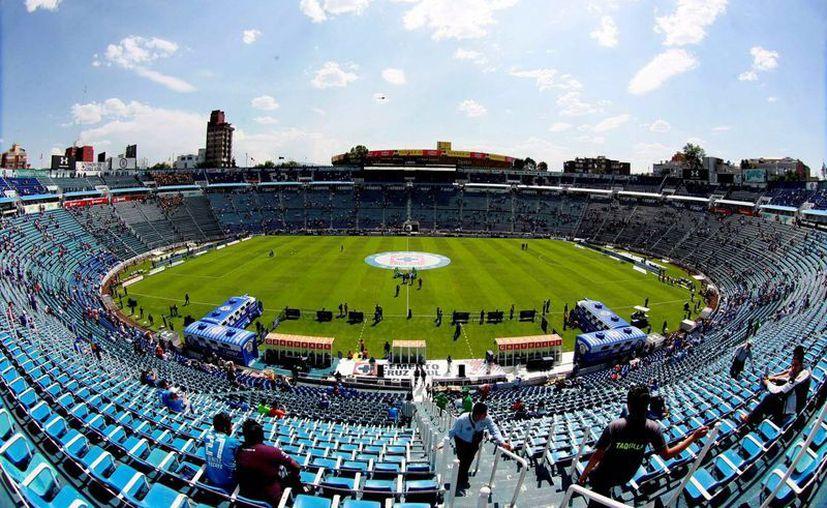 El Estadio Azul se demolerá en 2018 y en su lugar se construirá una plaza comercial y un hotel. (Notimex/Archivo)
