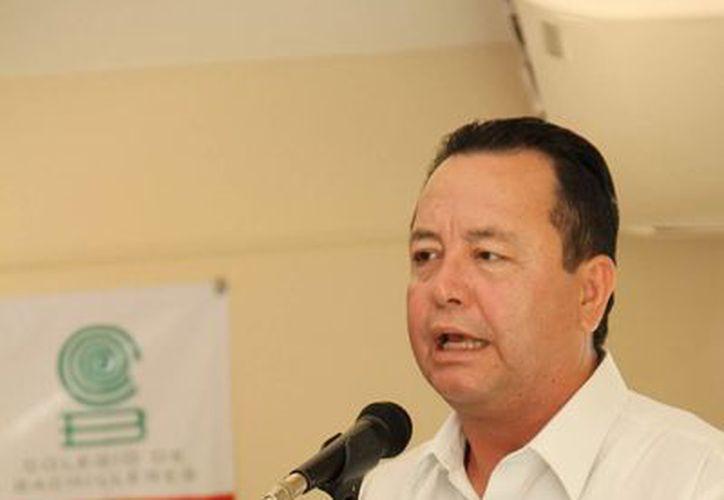 El director general del Colegio de Bachilleres pidió apoyo para evitar más riesgos en las escuelas. (Cortesía/SIPSE)