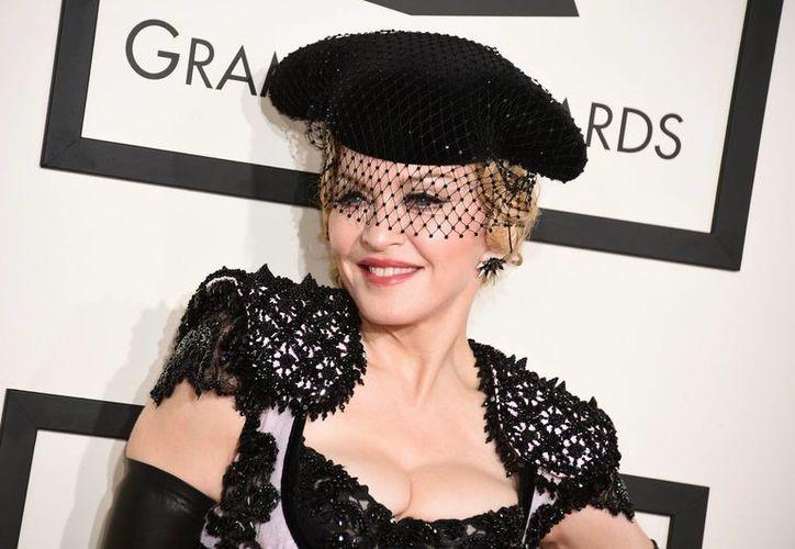 Madonna sigue vigente luego de publicar su primer disco en 1983. Ahora dice sentirse como el pintor español Pablo Picasso. La imagen corresponde a la entrega anual del Premio Grammy 2015. (AP)