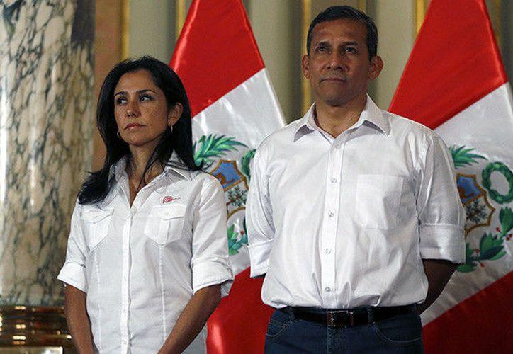 El expresidente de Perú y su esposa deberán purgar 18 meses de prisión preventiva. (RT)