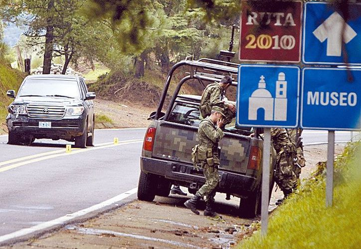 Militares vigilan la zona del tiroteo el pasado 24 de agosto. (Milenio)
