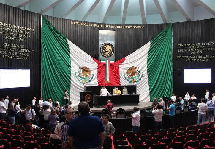 Las licencias tendrían efectos a partir del último día de marzo, previo a los 90 días que la Constitución Política establece. (Joel Zamora/SIPSE)