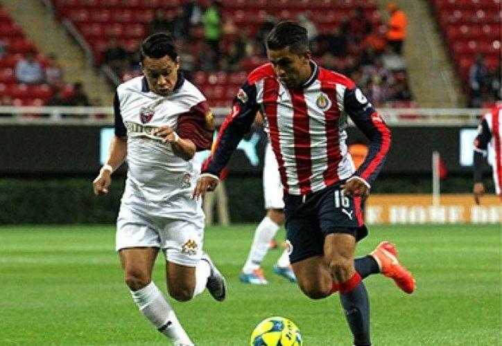 Atlante se adelantó al minuto 89, pero dos minutos después, las Chivas empataron el duelo de la jornada 2 de la Copa MX.(Foto tomada de Mediotiempo)