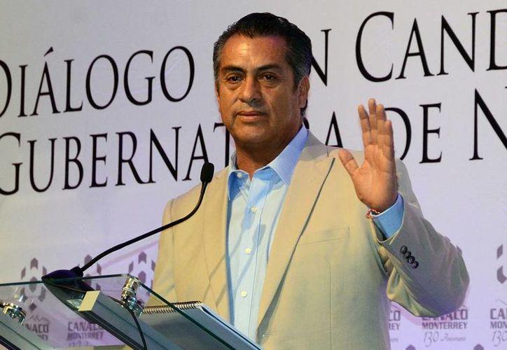 Jaime Rodríguez Calderón 'El Bronco' fue acusado en una conversación por su esposa Adalina Teresa Martínez Dávalos, de actuar de mala gana en su contra. (Archivo/Notimex)