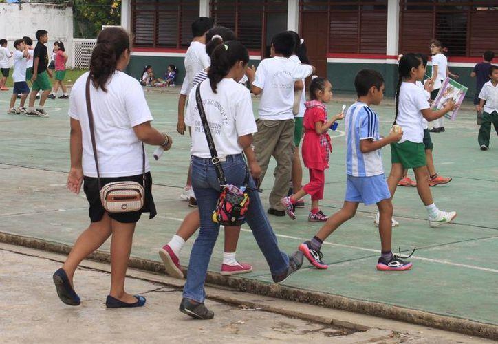 Estudiantes de Yucatán saldrán de clases el jueves y no volverán a las aulas sino hasta el martes 3 de febrero. (SIPSE/Archivo)