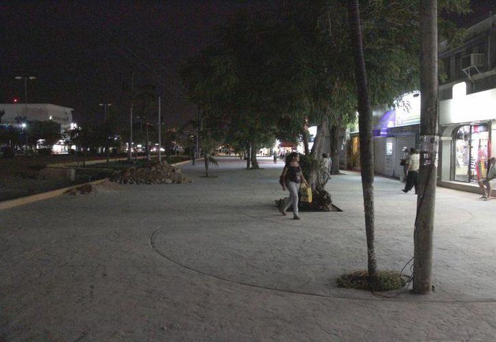 El Ayuntamiento declaró que la iluminación regresará hasta que las obras concluyan. (Tomás Álvarez/SIPSE)