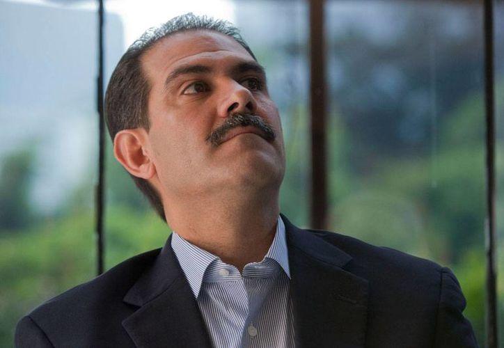 De acuerdo con el abogado del ex gobernador de Sonora, hay dos averiguaciones en contra de Padrés por los mismos delitos. (Octavio Gómez/Proceso)