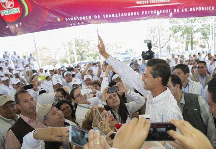 Peña Nieto en Veracruz durante la conmemoración de la Expropiación Petrolera. (presidencia.gob.mx)