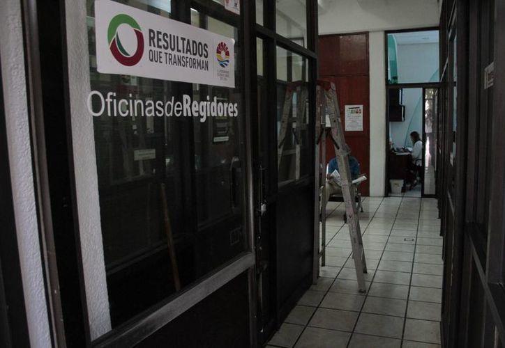 El reglamento servirá para señalar sanciones o multas para los empleados que comentan alguna falta. (Tomás Álvarez/SIPSE)