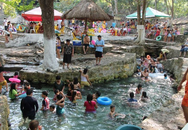 Hadad Estéfano aseguró que el ecoturismo representa la vocación natural de Othón P. Blanco. (Archivo/SIPSE)