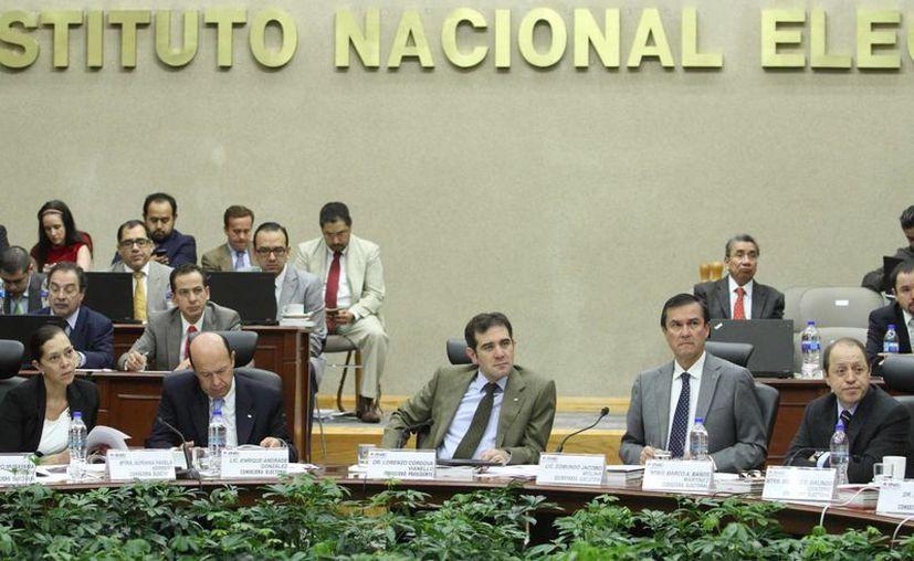 El Instituto Nacional Electoral destinará mil 307 millones de pesos a la organización de las 13 elecciones locales. (Archivo/Notimex)