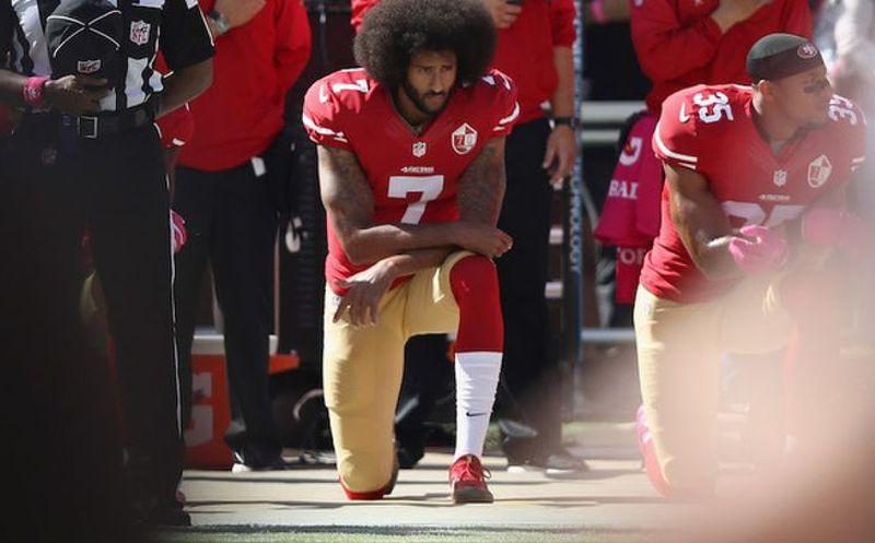 Colin Kaepernick y Erci Reid retiran caso por colusión contra la NFL