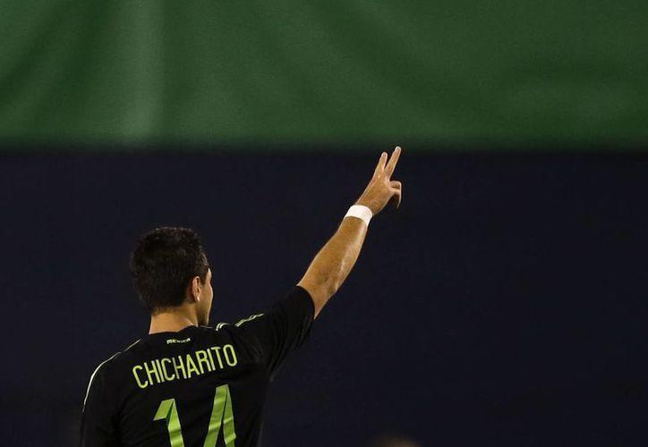 Javier Hernández podría igualar el récord de Borgetti en los tres partidos que disputará con la selección en la Copa América Centenario.(AP)