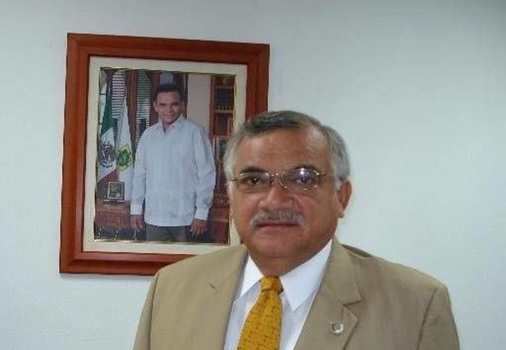 En congruencia con el plan nacional de austeridad, delegaciones del Gobierno Federal en Yucatán hacen ajustes. En la foto, William Sosa Altamira,  delegado de la Sedatu. (mayaleaks.org.mx/Foto de contexto)