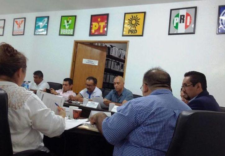 El Foro para la exposición de las propuestas de los candidatos a diputados federales por el Distrito 01 será este miércoles en la UT. (Daniel Pacheco/SIPSE)