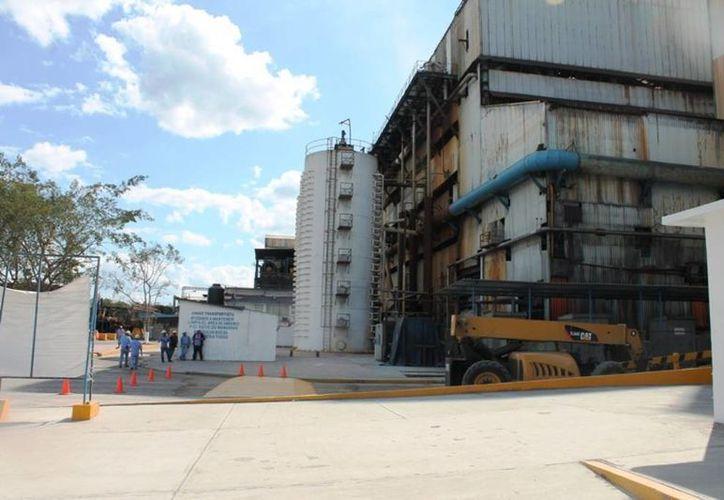 Autoridades del ingenio San Rafael de Pucté están conscientes de que cada año se deben realizar las adecuaciones necesarias, debido a que la fábrica requiere mantenimiento como cualquier otra. (Edgardo Rodríguez/SIPSE)