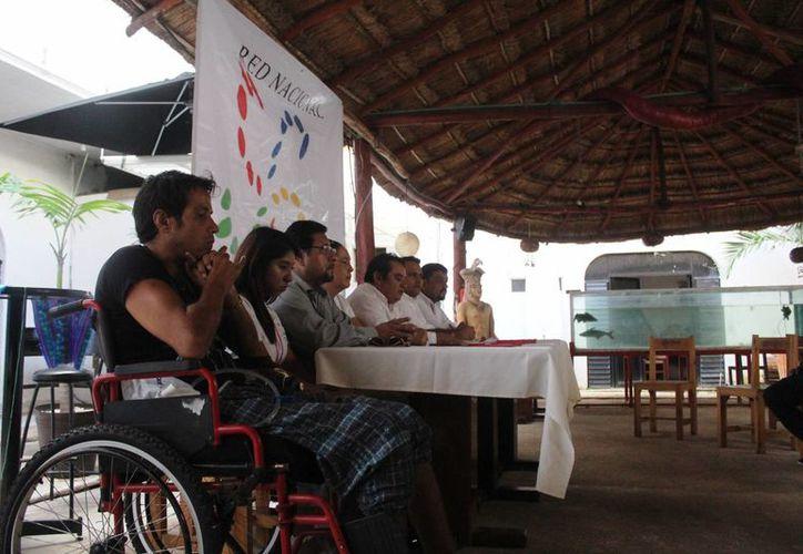 La asociación busca brindar ayuda al 10% de la población que luego queda en el olvido.(Octavio Martínez/SIPSE)
