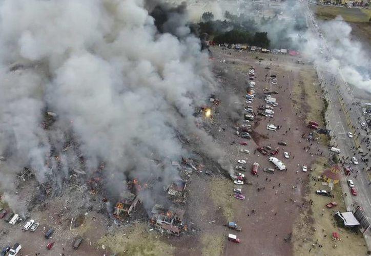 La explosión en el mercado de Tultepec se registró ayer por la tarde. (Pro Tultepec via APTN)