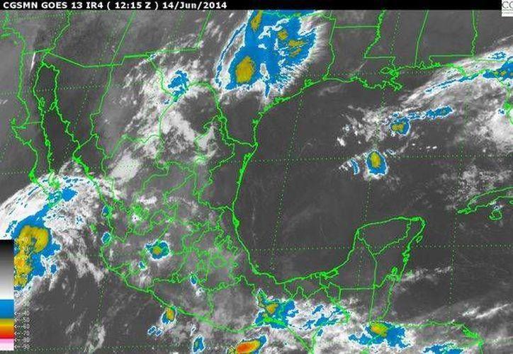 Imagen de satélite de la Conagua, que muestra el desplazamiento del huracán 'Cristina' hacia el nor-noroeste.