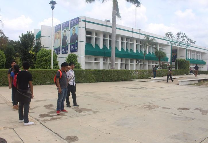 Actualmente, el Tecnológico de la zona maya tiene una capacidad para mil 200 alumnos. (Joel Zamora/SIPSE)
