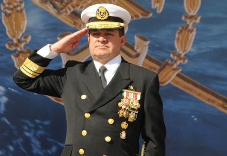 El ex vocero de la Semar, José Luis Vergara Ibarra, al rendir protesta ayer como Comandante del Cuartel General de la Armada. (semar.gob.mx)