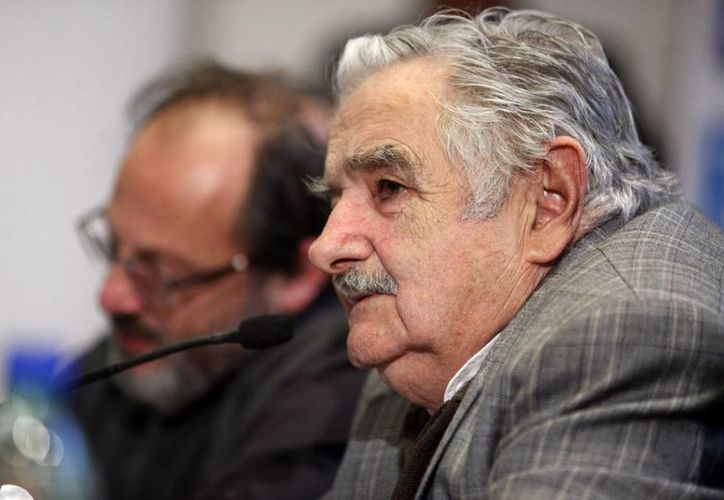 Mujica llamó a mantener 'el espíritu rebelde de la juventud'. (EFE)