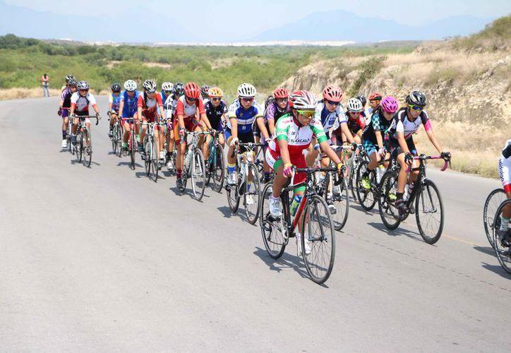 Se realizó ayer el tercer día de actividades del ciclismo de la Olimpiada Nacional. (Raúl Caballero/SIPSE)