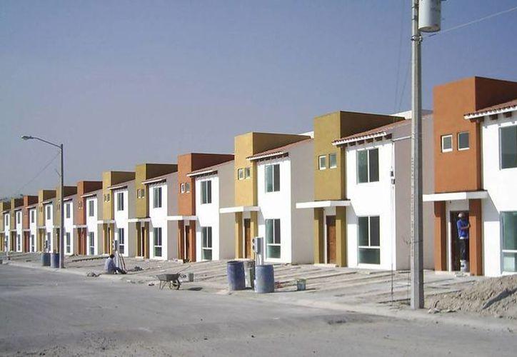 La Federación de Colegios de Arquitectos de la República Mexicana (FCARM) promueve la construcción de casas sustentables. (centrourbano.com)