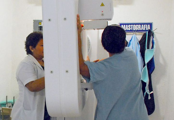 Se tienen detectados en Quintana Roo,  76 casos de este tipo de cáncer en mujeres. (Foto: Ivett Y Coss)