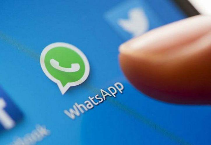 La cadena con la información falsa se ha propagado a través de la aplicación de mensajería WhatsApp. (Foto: Contexto)