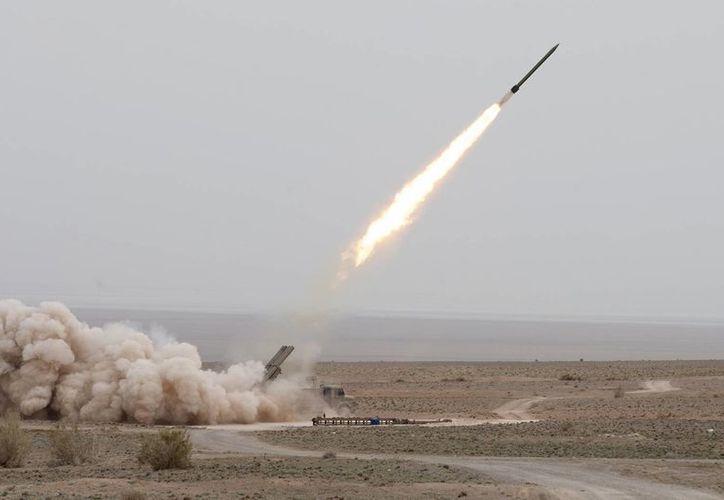 Dos misiles fueron lanzados con éxito durante un ejercicio armado en Iran. (Agencias)