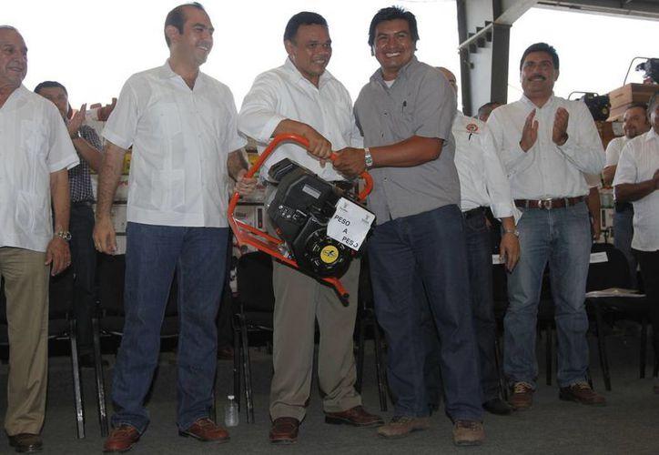 El evento fue realizado en el Teatro del Pueblo del recinto ferial de Xmatkuil. (Milenio Novedades)