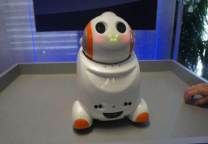 'PaPeRo' fue desarrollado por la compañía japonesa NEC. (robotikka.com)