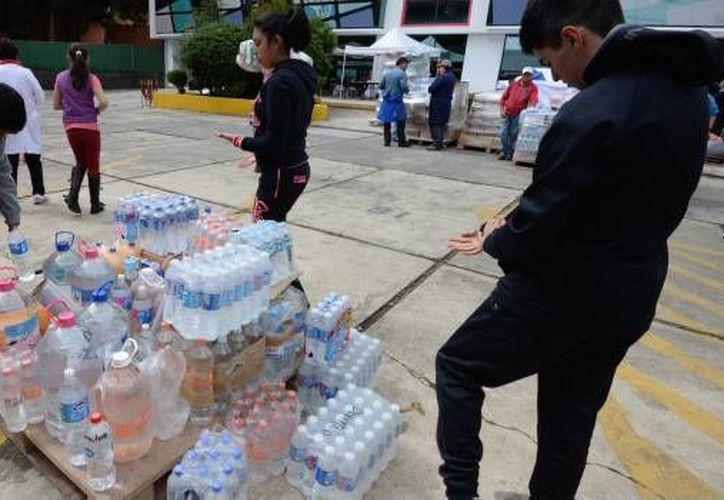 Los asaltantes se llevaron los teléfonos celulares de sus víctimas y de 40 mil pesos en efectivo. (Foto: SDP)