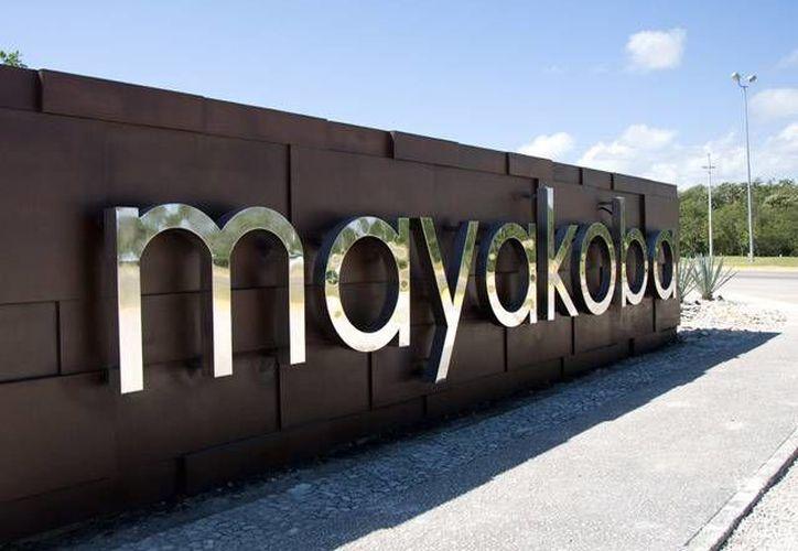 En la primera fase se construyó el hotel Fairmont Mayakoba. (http://acm2.ohl.es)