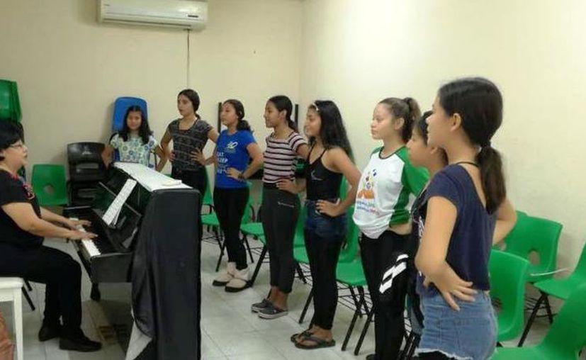 El certamen contempla a profesionales en la formación artística del CEBA. (Novedades Yucatán)