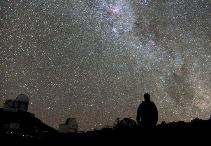 """""""Estos mundos tienen tamaños y temperaturas similares a las de Venus y la Tierra y son los mejores objetivos encontrados hasta ahora para la búsqueda de vida fuera del Sistema Solar"""", destacó el Observatorio Europeo Austral. (Agencias)"""