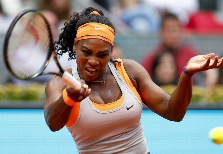 A diferencia de su hermana mayor Venus, que quedó eliminada, Serena Williams tuvo un aplastante debut en el Abierto de Madrid. (Foto: EFE)