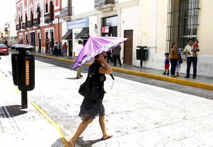 Las altas temperaturas continuarán en la capital yucateca. (Juan Carlos Albornoz/SIPSE)