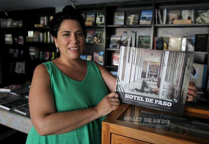 """La directora de la cinta """"Hotel de Paso"""", Paulina Sánchez, cree que los inmigrantes requieren apoyo de las autoridades para salir adelante. (EFE)"""