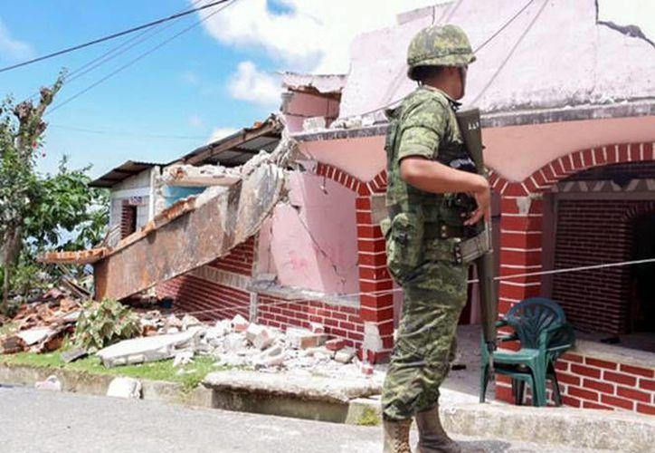 Más de 9 mil viviendas en Chiapas quedaron con daños tras el intenso sismo de este lunes. (excelsior.com.mx)