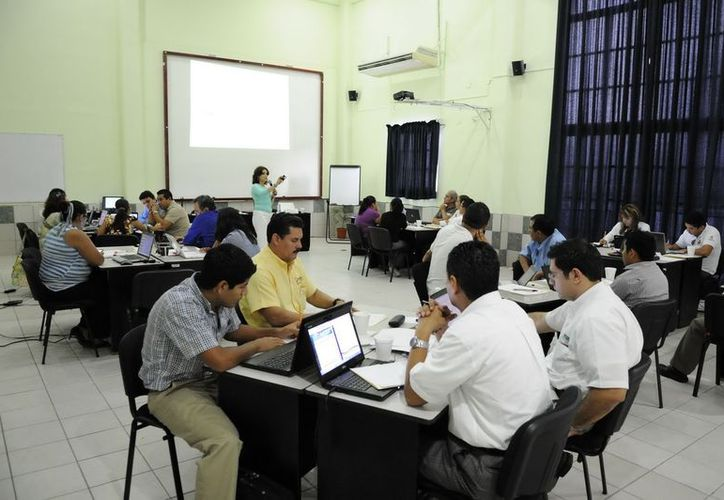 """Del 12 al 15 de noviembre próximos el Instituto de Administración Pública del Estado de Quintana Roo llevará al cabo el curso sobre """"Coaching"""".(Cortesía/SIPSE)"""