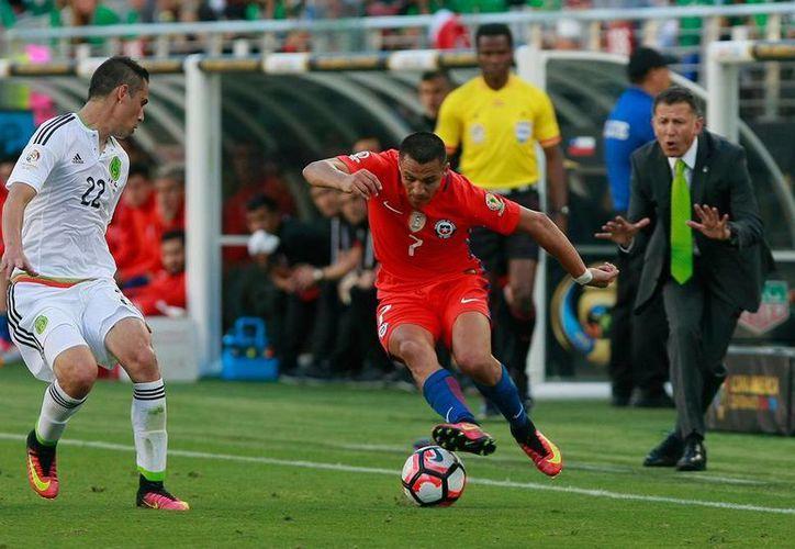 Paul Aguilar, defensa de la Selección Mexicana, causó baja en la convocatorias para los partidos de la eliminatoria mundialista. (Archivo/Jammedia)